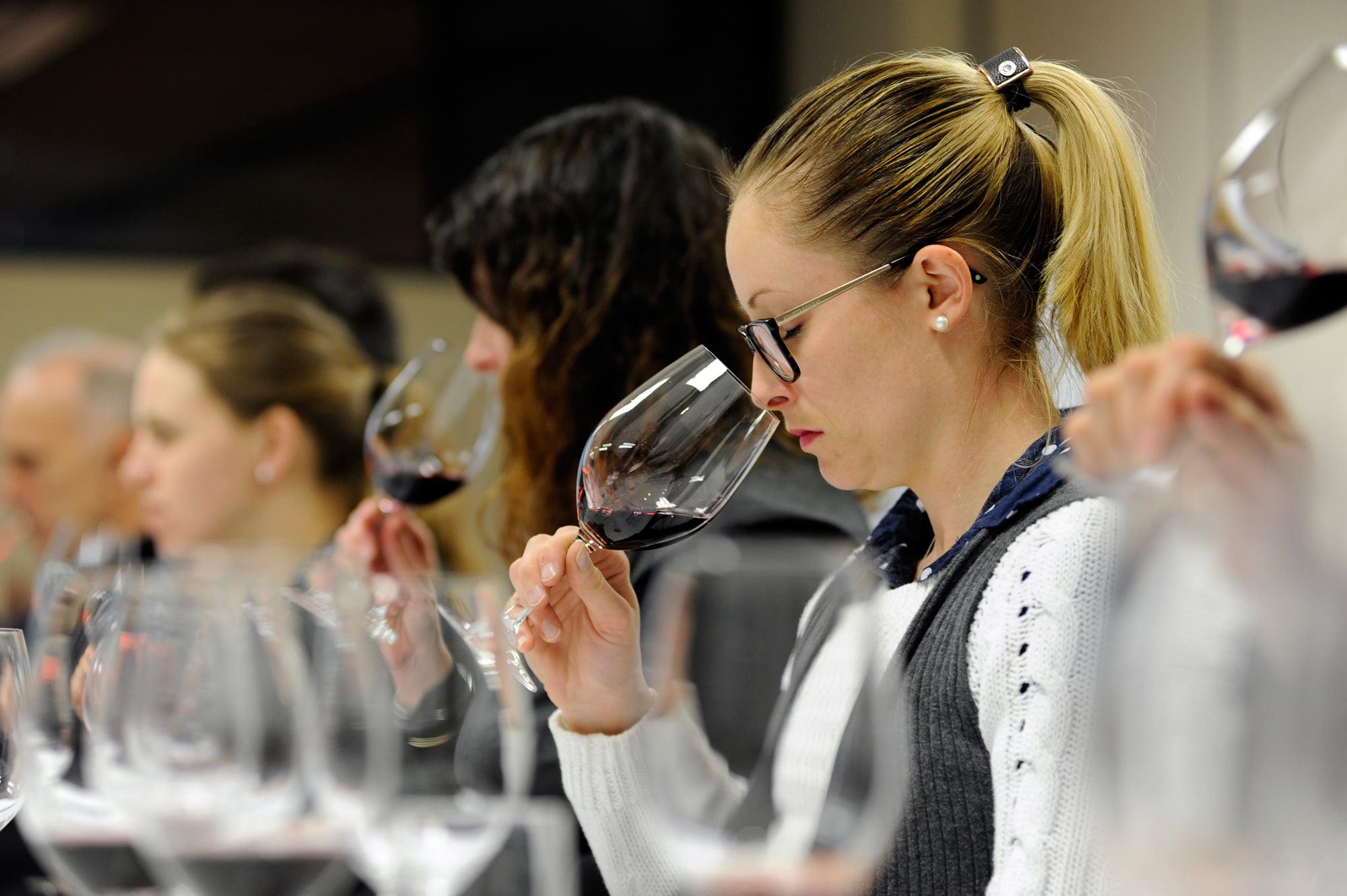 7-wine-appreciation-classes-(7)